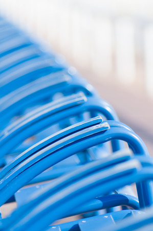 Blue chairs on the Promenade des Anglais, Nice, Provence, Franc.Shallow depth of field Imagens