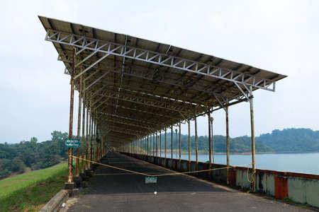 Solar panels at Banasura Sagar dam, Wayanad, Kerala, natural energy concept Stockfoto