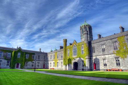 GALWAY, IERLAND - 2 JUNI, 2017De Nationale Universiteit van Ierland in Galway. Redactioneel