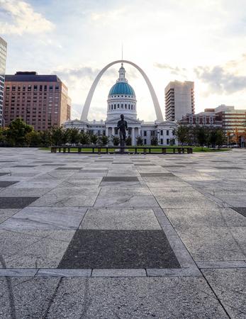 October 30, 2018 - St. Louis, Missouri - Kiener Plaza and the Gateway Arch in St. Louis, Missouri.