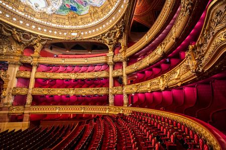 Parigi, Francia - 23 aprile 2019 - L'auditorium del Palais Garnier situato a Parigi, Francia.