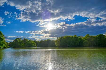The Englischer Garten in Munich, Bavaria, Germany on a sunny day. Banco de Imagens
