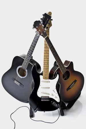 ebony tree: pyramid of three guitars