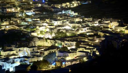chora: Imagen de la noche de la Chora de Folegandros Foto de archivo
