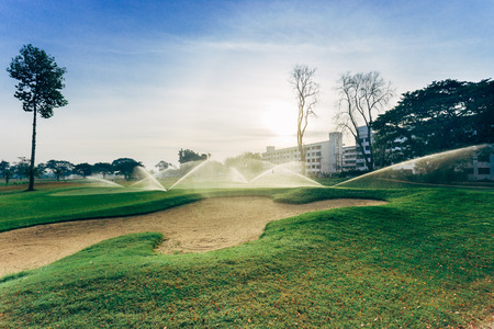 bunker: Bunker and golf course irrigation, Watering golf course.