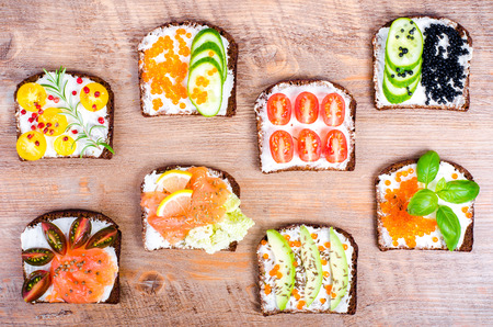 tomato slices: Background of Nordic open sandwiches. Background of scandinavian open sandwiches. Free space for your text.