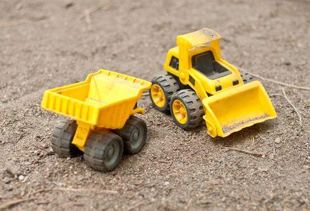 camion volteo: Tractores de juguetes de ni�os