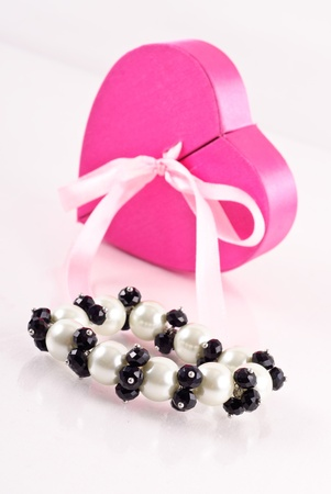Black Onyx and Pearl Bracelet Gift Stock Photo - 8278561