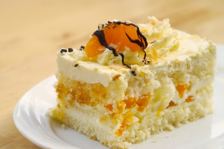 spongy: Light spongy cake with Mandarin and cream Stock Photo