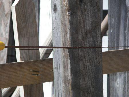 Cutting Wood Standard-Bild