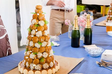 Piece Montee en champagne ceremonie