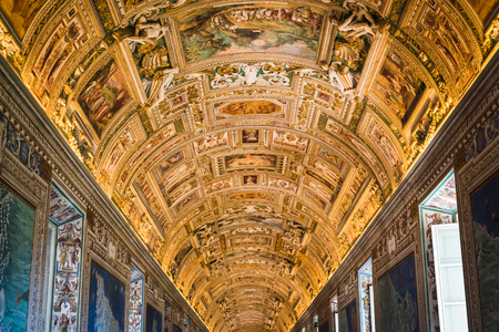 VATICAN, ROME, ITALY - NOVEMBER 17, 2017: Vaticans golden alley leading to the Sistine Chapel in Rome Redakční