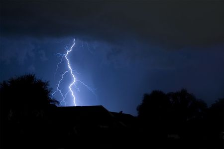 Massive close lightning strike in a local neighborhood Stock Photo - 7174508