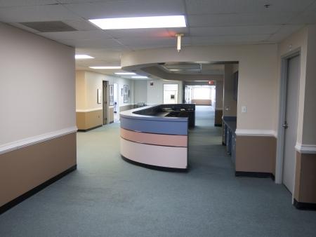 Abandon nurses station due to a shortage on staff Redakční