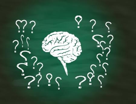 Pens�e conceptuelle du cerveau sur le tableau vert
