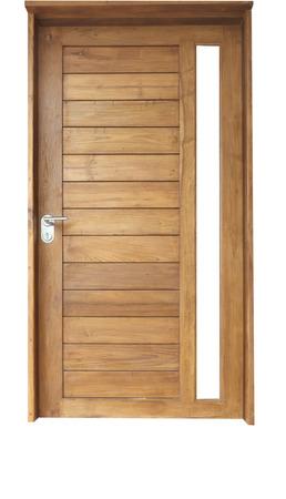 cerrar la puerta: Puerta de madera de teca aislado en blanco Foto de archivo