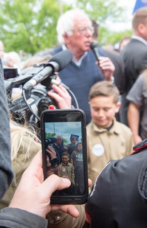 senator: Elizabethtown, Kentucky - May 14, 2016: Senator Bernie Sanders addresses a crowd at a rally at Panera Bread in Elizabethtown, Kentucky. Editorial
