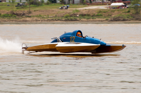 madison: Madison, Indiana  - July 2, 2016:  Bill Whitlock drives the NM 12 in the National Modified Saturday qualification heat #3 at the Madison Regatta in Madison, Indiana, July 2, 2016.