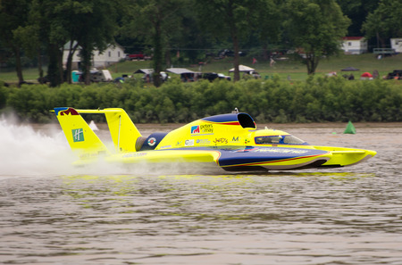 hydroplane: Madison, Indiana  - July 2, 2016:  Tom Thompson drives the Peters and May Unlimited Racing Group U-11 in the Morgan Foods Unlimited Heat 1B at the Madison Regatta in Madison, Indiana, July 2, 2016. Editorial