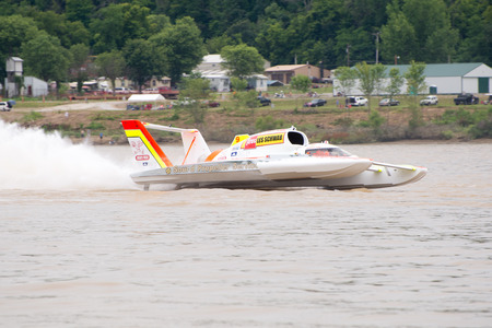 hydroplane: Madison, Indiana  - July 2, 2016:  Andrew Tate drives the Jones Racing U-9 in the Morgan Foods Unlimited Heat 1B at the Madison Regatta in Madison, Indiana, July 2, 2016.