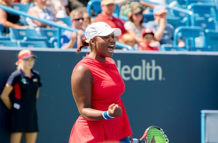 2017 年 8 月 13 日にオハイオ州メイソンの西部および南オープン テニス トーナメントでの予選試合でメイソン、オハイオ州-2017 年 8 月 13 日: テイラー ・ タウンゼント。 写真素材 - 84384256