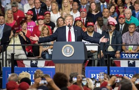 Tampa, Florida – July 31, 2018:  President Donald Trump addresses his supporters at a rally in Tampa, Florida, on July 31, 2018. Редакционное