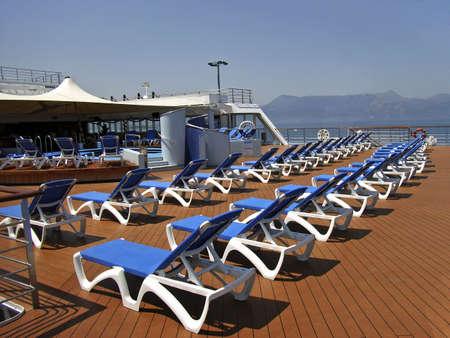 cruiseship: Piscina cubierta de un cruiseship en el Mar Mediterr�neo  Foto de archivo