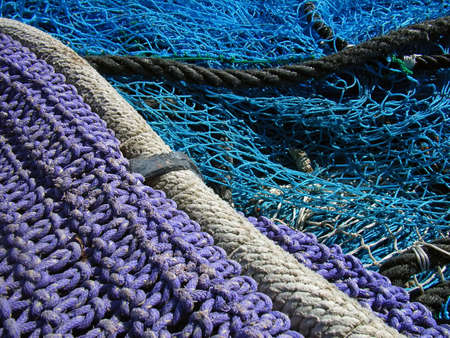 meshwork: Details of nets and threads used for fishing