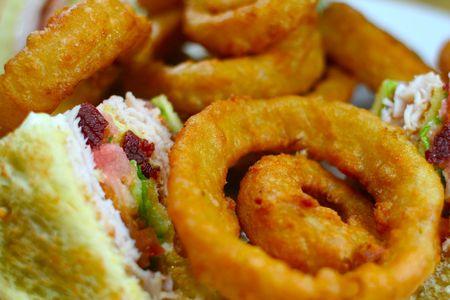 turkey bacon: Turkey Bacon Club with Onion Rings