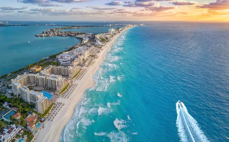 cancun beach 스톡 콘텐츠