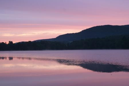 Sunrise on Queechy Lake in New York Stock Photo - 18153098