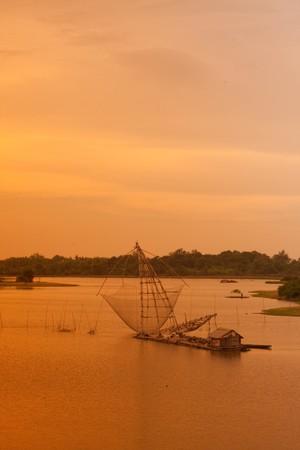 big net on the lake photo