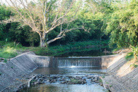 weir: Small dams on the country