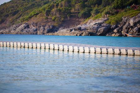 buoyancy: Pier La flotabilidad Foto de archivo