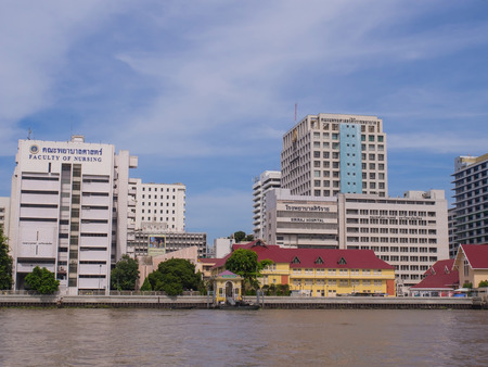shool: Siriraj hospital is the first hospital and medical shool in Thailand, placed at the West bank of Chaophya river. Editorial