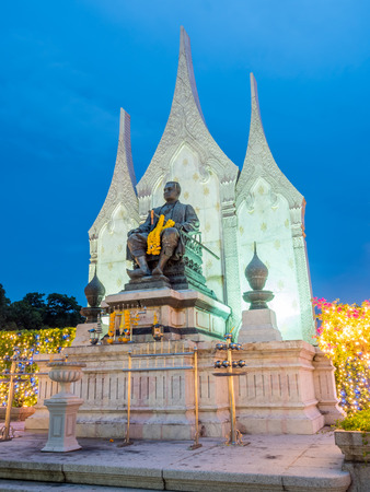BANGKOK - AUGUST 16: King Rama III memorial statue at square in Bangkok under twilight evening sky, Thailand, on August 16, 2016. Editorial