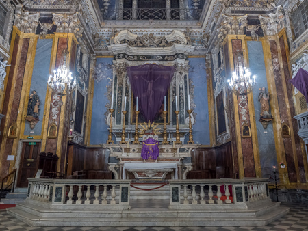 le: NICE - APRIL 8 : Église Saint-Jacques-le-Majeur de Nice, known as The Church of Gesu, interior Baroque architecture in Nice, France, on April 8, 2017.