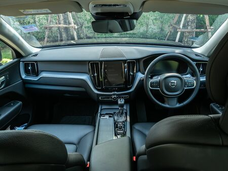 BANGKOK, THAILAND - JANUARY 1 : Front dashboard, windshield, steering wheel and passenger seat in Volvo car new model in Bangkok, Thailand, on January 1, 2019. 스톡 콘텐츠 - 136920640