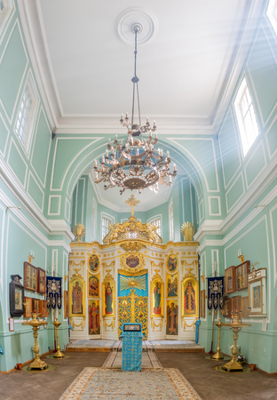 PUSHKIN, ST.PETERSBURG, RUSSIA - SEPTEMBER 3 : Interior art architecture with amazing sunlight ray in Znamenskaya church in Catherine palace, St. Petersburg, Russia, on September 3, 2018.