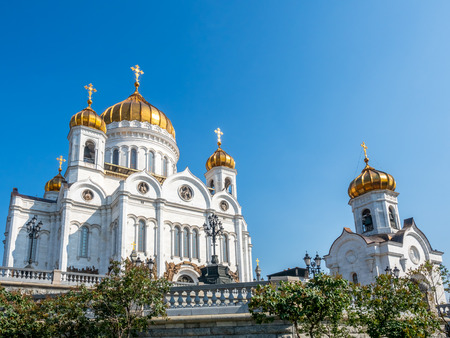 Cathedral of Christ the Saviour, the second tallest Orthodox church in the world, landmark of Moscow, Russia, under blue sky in summer season 스톡 콘텐츠 - 131367249