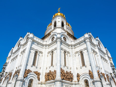 Cathedral of Christ the Saviour, the second tallest Orthodox church in the world, landmark of Moscow, Russia, under blue sky in summer season 스톡 콘텐츠 - 132127774