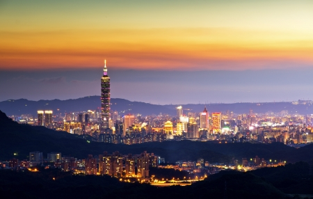 Taiwan taipei 101 dusk  Stock Photo