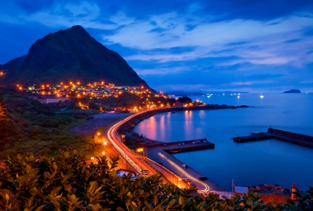 Beautiful night view of the Taiwan coast 版權商用圖片
