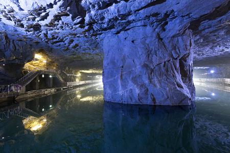 Berühmte Sehenswürdigkeiten der Kriegsgeschichte - Taiwan Kinmen National Park - Zhaishan-Tunnel Standard-Bild - 77310514