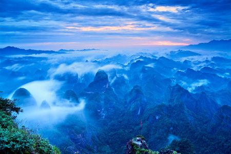 Beautiful sunrise in Guilin, China 免版税图像 - 112658402