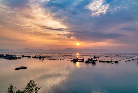 Beautiful Sunset scenery in Xiapu, Fujian, China Banque d'images - 128378442