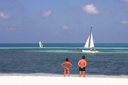 vacationer: Sceneries from the maldivian islands