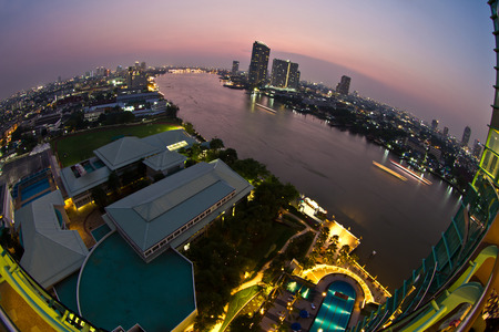 chao phraya river: View at night in the Chao Phraya river in Bangkok Thailand in the Yan Nawa area