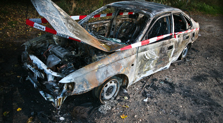 criminality: Car burned after an accident in denmark