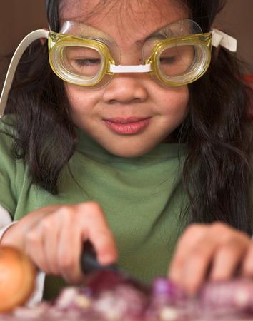 technique Onion peeling avec des lunettes de plongée Banque d'images